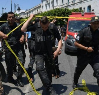 Perpetrator of Tunis Attacks Blows Himself Up in Suicide Bombing