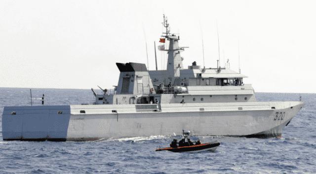 Royal Navy Rescues 161 Undocumented Migrants in Mediterranean