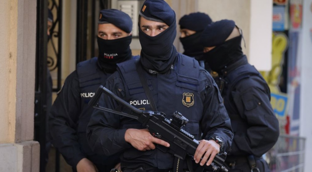 Spain Arrests Moroccan National Under Arrest Warrant from Morocco
