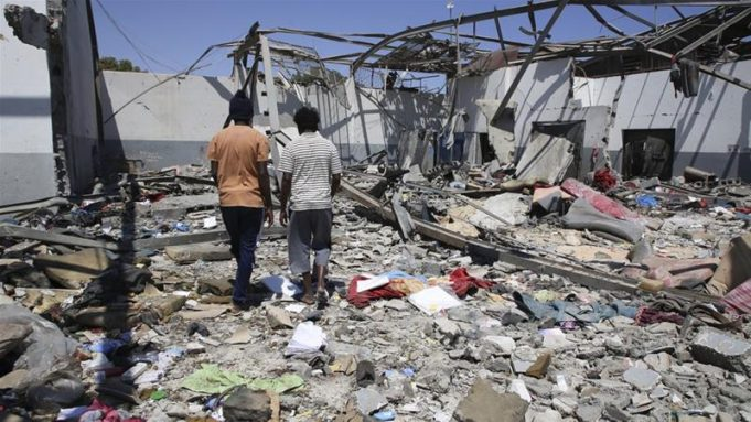 Tripoli: 7 Moroccans Killed Following Air Raid on Migrant Center