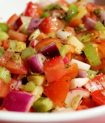 How to Make a Moroccan Salad
