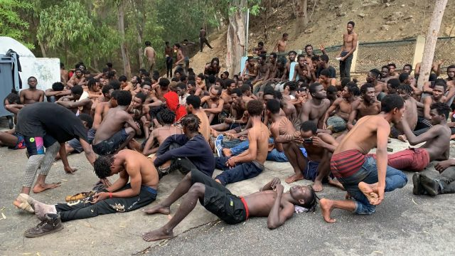 More Than 150 Irregular Migrants Cross Ceuta Border