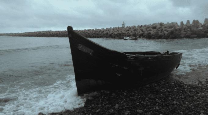 Morocco's Royal Navy Rescues 424 Irregular Migrants in Mediterranian