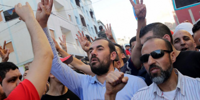 Zefzafi, 5 Other Rif Detainees Decide to Renounce Moroccan Citizenship
