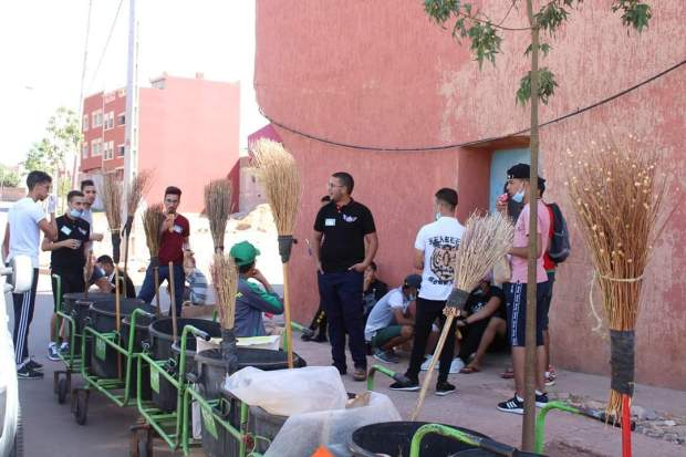 Moroccan Youth Replace Cleaners in Azilal to Raise Awareness