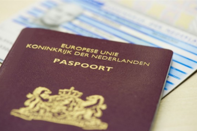 Group of Dutch-Moroccan Citizens Reject Moroccan Nationality