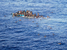 Royal Navy Helps 247 Undocumented Migrants in the Mediterranean