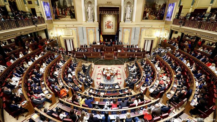 Spanish Parliament Suspends Pro-Catalan MPs ahead of Crucial Elections