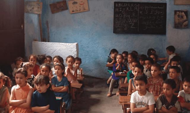 Teacher Calls for Single-Gender Education, Sparks Widespread Debate