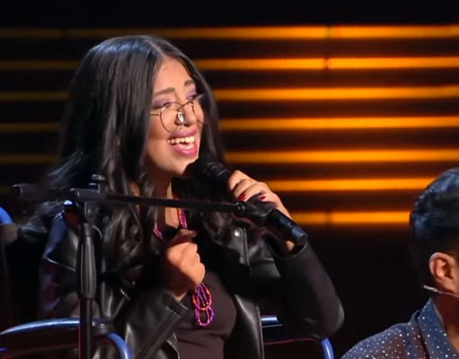 Moroccan Woman with Myopathy Amazes Jury at the Voice Middle East