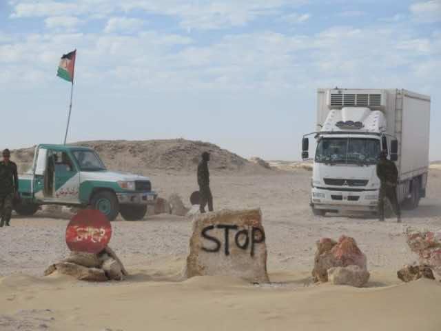 Pro-Polisario Sahrawis Set Up Blockade at El Guerguerat Border, Halt Moroccan Exports