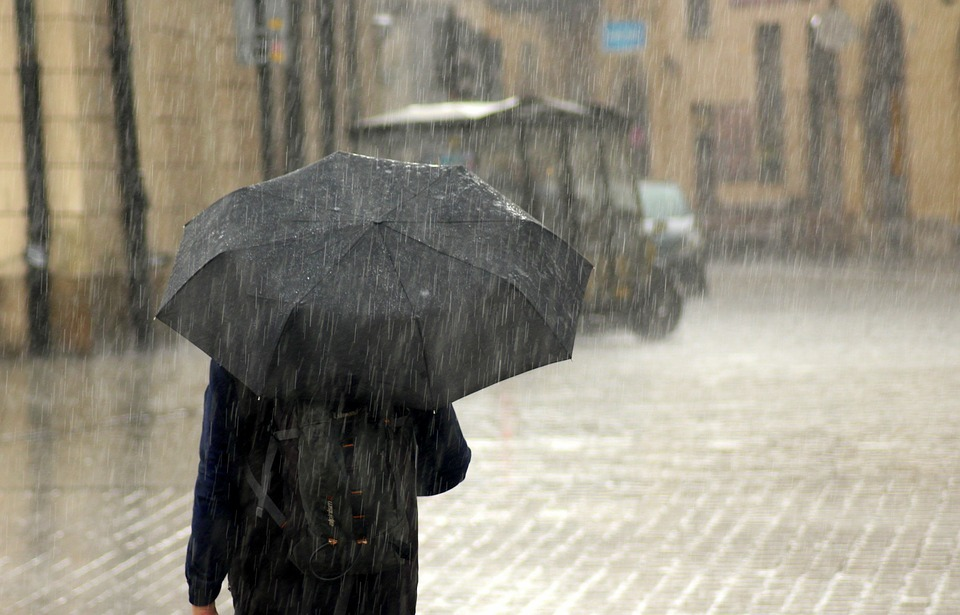 Heavy Rainfall, Strong Winds to Hit Morocco Friday