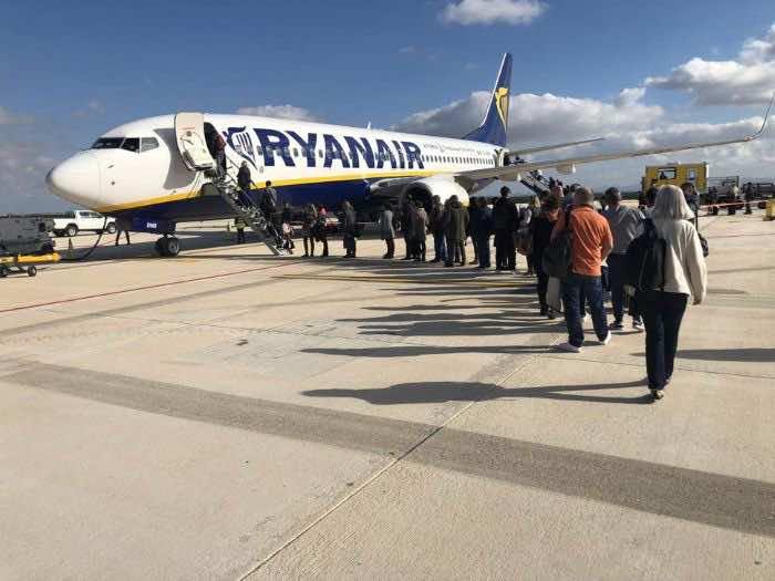 Spanish Court Orders Ryanair to Refund Passenger's Carry-On Fee
