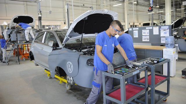 German Car Manufacturer Volkswagen Suspends Its Activity in Algeria