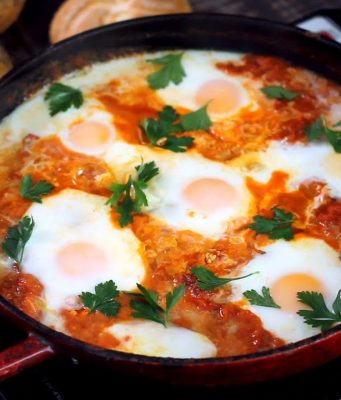 How to make Moroccan Bid and Matisha, Eggs and Tomatoes