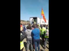 Spanish Farmers Attack Moroccan Trucks in Andalucia