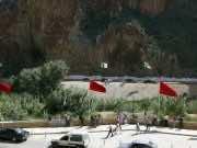 Algeria Allegedly Expels Moroccan Craftsmen Amid COVID-19 Crisis