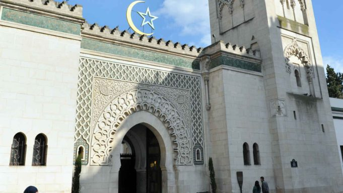 Coronavirus French Mosques Implement Preventive Measures