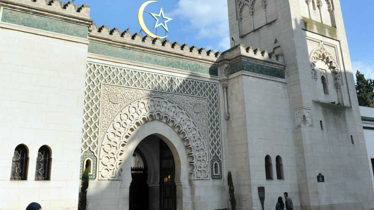 Coronavirus: French Mosques Implement Preventive Measures