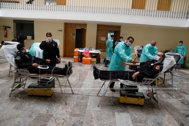 Security Services Donate Blood in Southern Moroccan City of Laayoune
