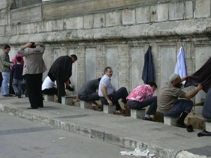COVID-19: Global Media Feature Prophet Muhammad's Hygiene Teachings