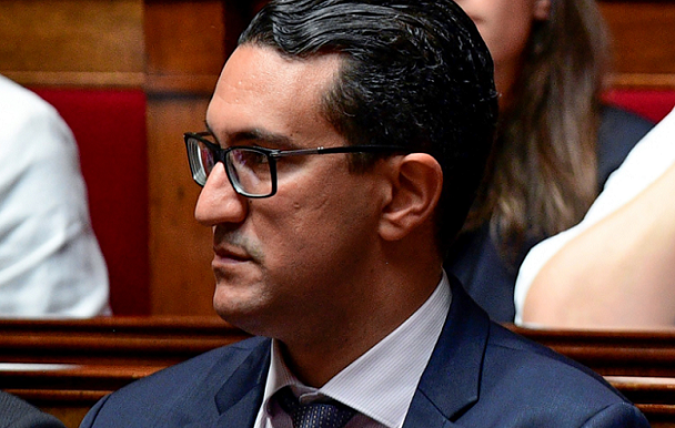 French-Moroccan Politician Files Complaint Against Racist Doctors