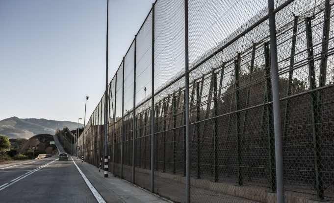 El Espanol: Morocco Exploits COVID-19 to Cut Off Ceuta, Melilla