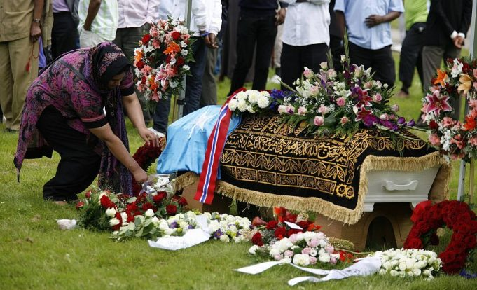 Morocco's Foreign Ministry to Cover Funeral Expenses of Low-Income MREs