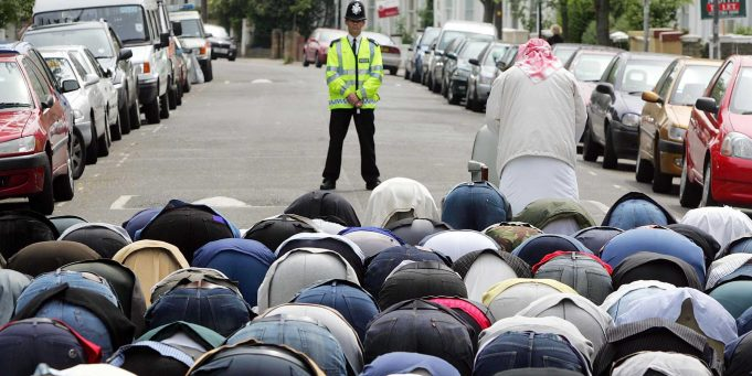 UK Liberal Democrats Plan to Fast Alongside Muslims During Ramadan