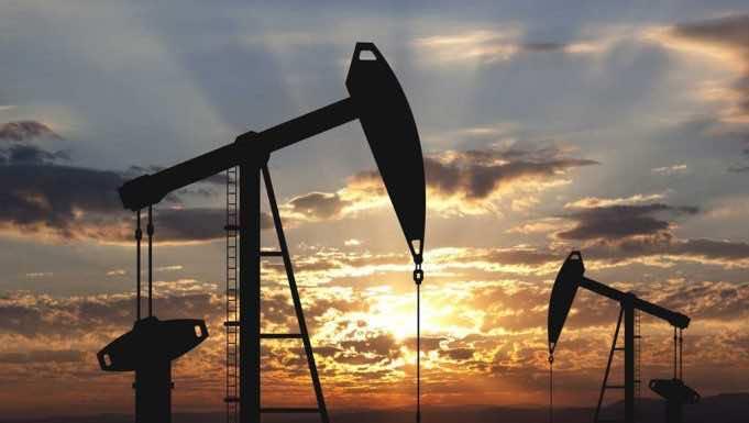 US Oil Prices Drop Below Zero as Global Lockdown Persists