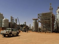 Algeria Slashes National Budget as Oil Prices Plummet