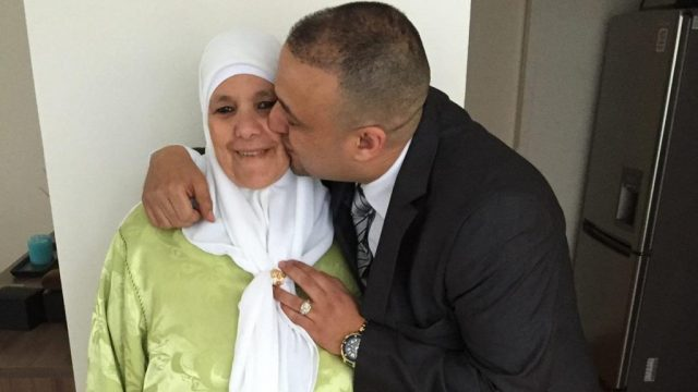Moroccan Migrant Loses Mother, Father, Uncle to COVID-19 in 9 Days