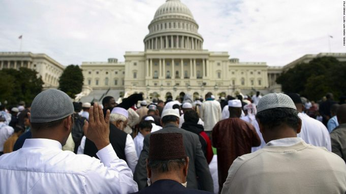 Muslims in US to Celebrate Eid al-Fitr on Sunday, May 24