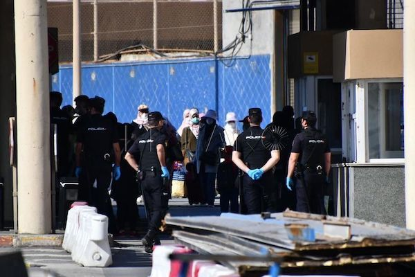 Spanish police in Ceuta ensuring order