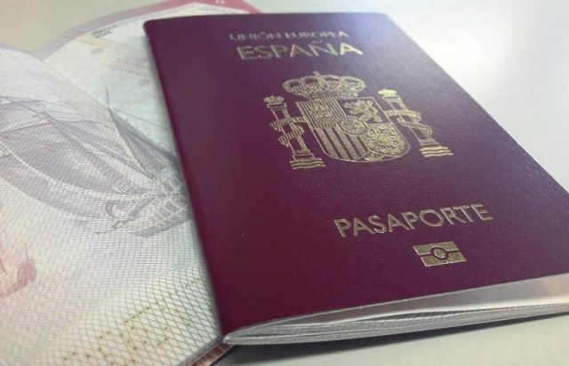 24,544 Moroccans Received Spanish Citizenship in 2019