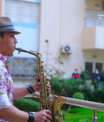 Moroccan Saxophonist Lotfi Sax Performs for Neighbors During Lockdown