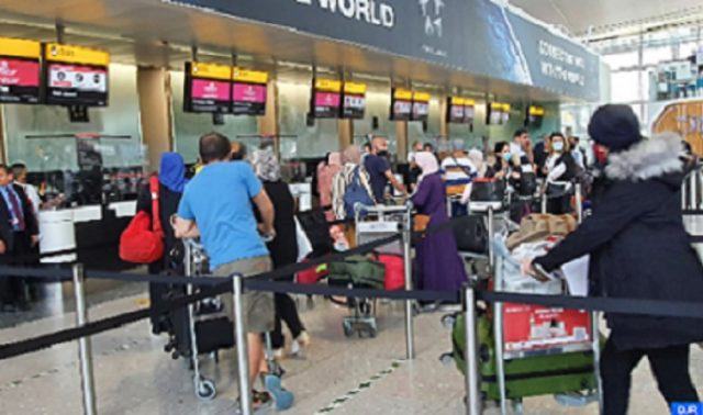 Morocco Repatriates First Group of Moroccans Stranded in UK
