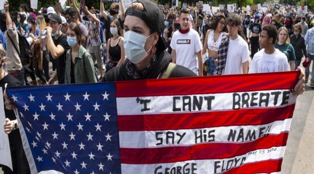 US Protesters Emphasize Need for Structural Change