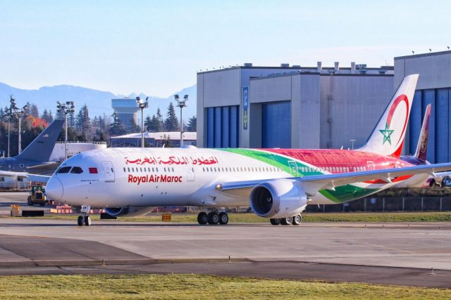 RAM Flight Brings Back Home 152 Stranded Moroccans from Egypt