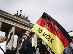 Berlin Police Disperse Thousands Protesting COVID-19 Measures