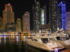 Dubai Loosens Alcohol Restrictions to Boost Hospitality Industry