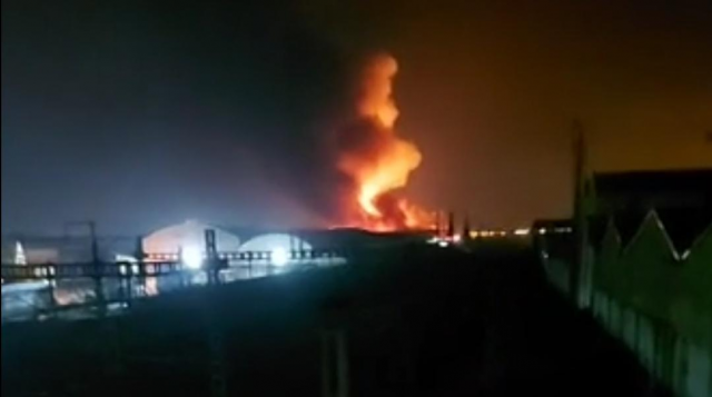 Fire Ravages Storage Warehouse in Casablanca