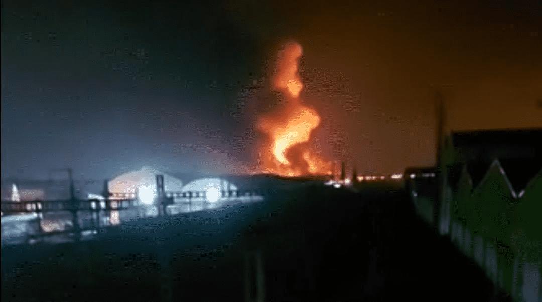 Fire Ravages Storage Warehouse in Casablanca