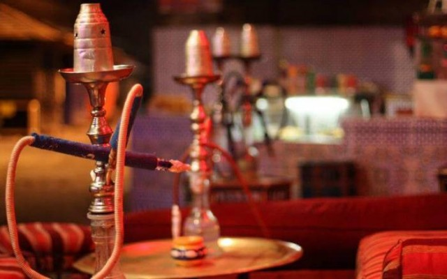 Morocco Arrests Fez Police Officer for Managing Illegal Shisha Cafe