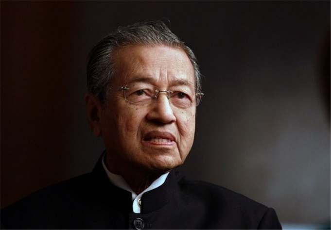 Former Malaysian PM Calls for Muslim Revenge Against France