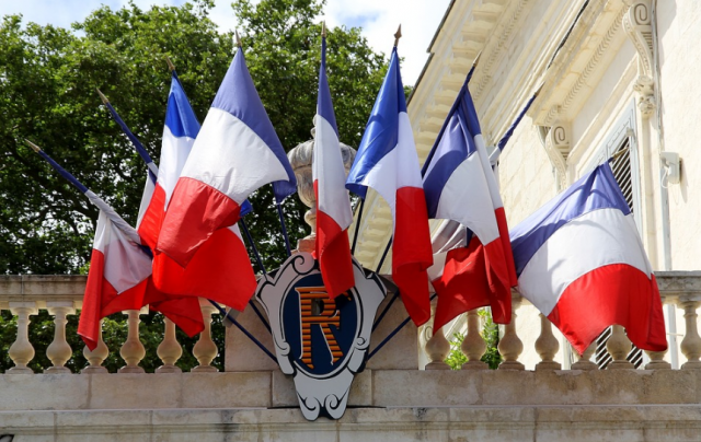 France Warns Nationals in Muslim Countries