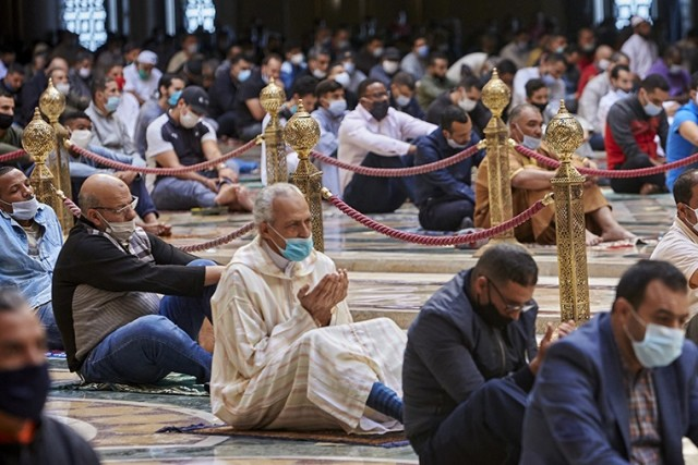Morocco's Council of Ulemas Asks Preachers to Avoid Talking About France