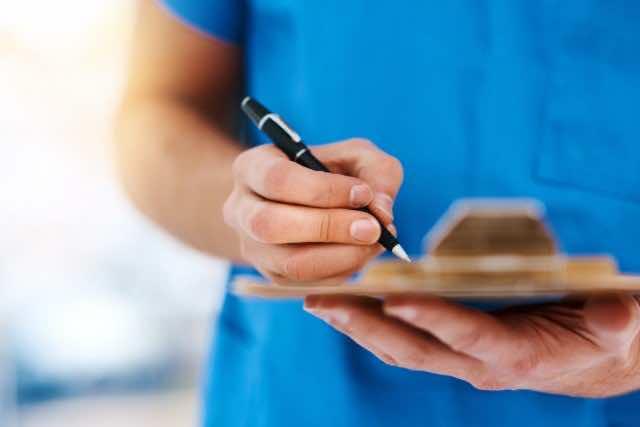 Cautionary Tale: Patient Alleges Unprofessionalism at Laboriad Rabat