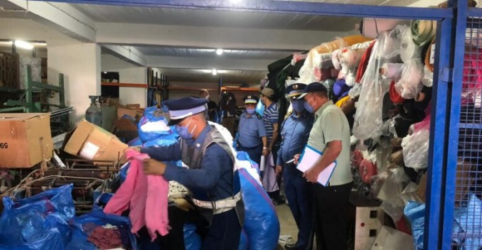 Tangier Customs Seize 26,000 Smuggled Clothing Items From Global Brands
