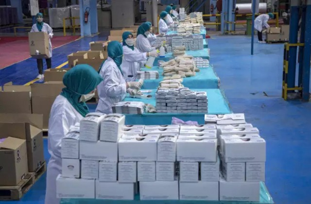 Industry Minister: Morocco Produces 16 Million Face Masks Per Day